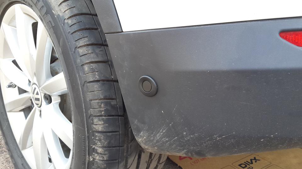 PLA датчики на заднем бампере Tiguan. Фото сайта Drive.ru